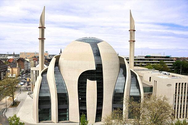 هشدار رئیس شورای مرکزی مسلمانان آلمان درباره تعطیلی دائمی مساجد