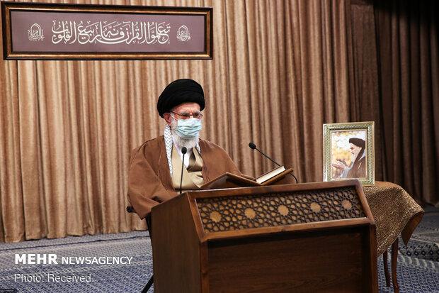 Ayetullah Hamanei Kur'an-ı Kerim merasimine katıldı