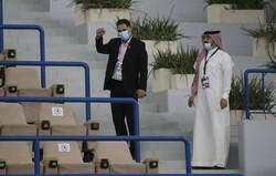 دنبال تغییر زمین تمرین در عربستان هستیم/ مرغ فدراسیون یک پا داشت