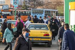 برچسب گذاری نرخ جدید کرایه تاکسی از امروز آغاز شد/ افزایش کرایه ها تا ۳۵ درصد