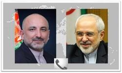 ظريف يشدد على دعم إيران الكامل لعملية السلام الأفغانية