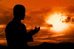 آیا در ماه رمضان برای روزه هر روز باید نیت کنیم؟