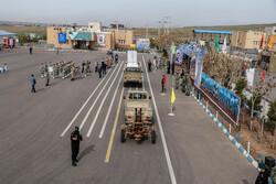رژه ارتشیانِ مدافع وطن در تبریز برگزار شد