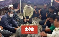 افطاری رئیس سازمان زندان ها در کنار زندانیان