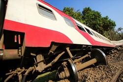 مصر میں ٹرین حادثے میں 8 افراد ہلاک