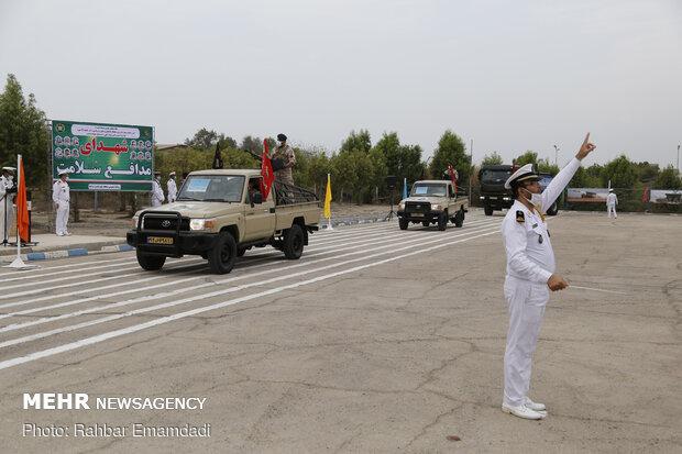 رژه نیروهای مسلح در منطقه یکم نیروی دریایی ارتش  - بندرعباس
