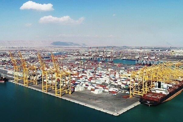 تخلیه و بارگیری ۵۶۴ هزار کانتینر در بندر شهید رجایی از ۵۵۰ کشتی