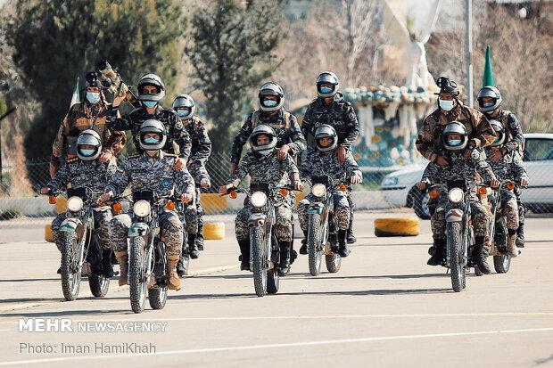 رژه روز ارتش در پایگاه هوایی شهید نوژه