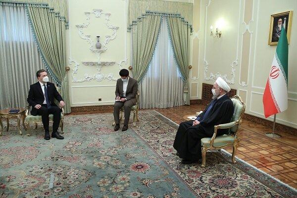 Ruhani, Sırbistan Dışişleri Bakanı'nı kabul etti