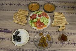 مصرف کدام گروههای غذایی برای روزه داران لازم است