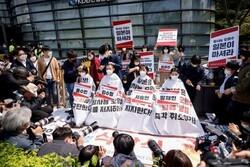 دانشجویان معترض کرهای موی سر خود را تراشیدند