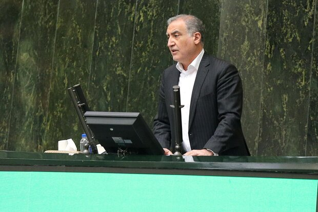 بیگی: ایرانایرتور ۱۶میلیون دلار بدهی دارد/دژپسند: بدهیها صاف شد