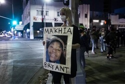 کشته شدن دختر ۱۶ ساله سیاه پوست به دست پلیس آمریکا