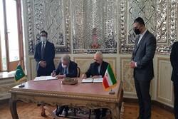 Iran, Pakistan to establish joint border marketplaces