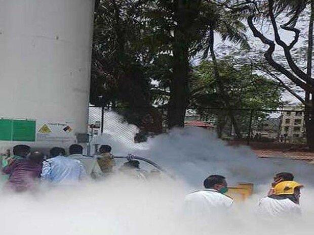 بھارت کے ایک اسپتال میں  آکسیجن سلنڈر لیک ہونے سے کوروناو ائرس کے 24 مریض ہلاک