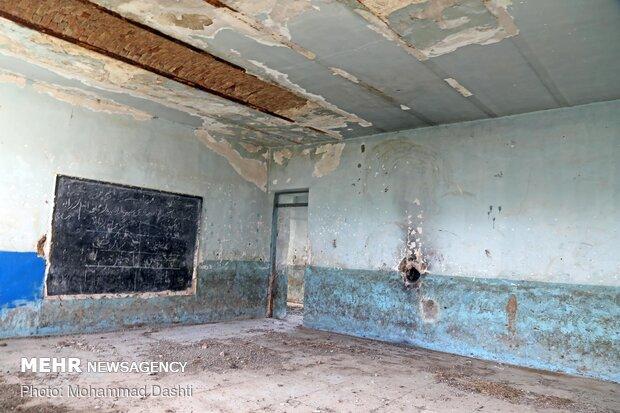 رویاهای رنگ باخته در کالبد مدارسی نیمه جان