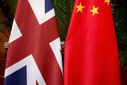 چین: لندن فوراً اقدام اشتباه خود را اصلاح کند