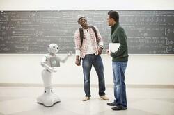 رباتی که برای حل مشکلات با خودش حرف میزند