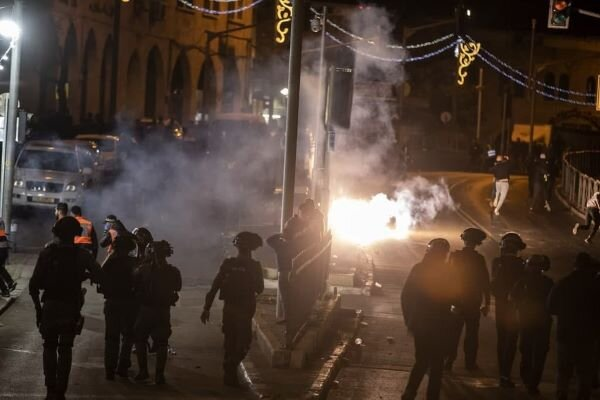 Above 100 Palestinians injured in clashes in occupied lands