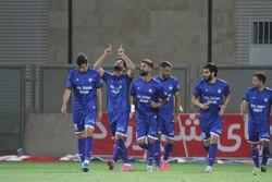 دیدار تیمهای فوتبال گل گهر سیرجان و صنعت نفت آبادان