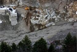 کشته و زخمی شدن دهها نفر بر اثر شکست یک یخچال طبیعی در هیمالیا