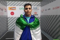 Iran's Motamedi snatches gold at Asian Weightlifting C'ships
