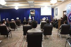 دیدار گروه جهادی حوزه های علمیه با نماینده ولی فقیه در کردستان