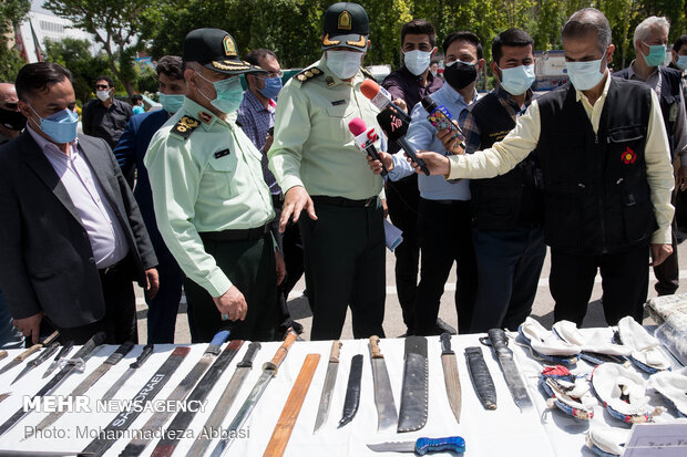 Police confiscate 1.226 tons drugs in Tehran