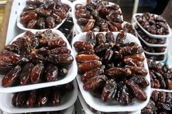 نخلداران در انتظار تعیین قیمت مناسب برای خرما/ بازار رونق گیرد