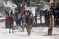 Rival groups clash in Somali capital over president's mandate