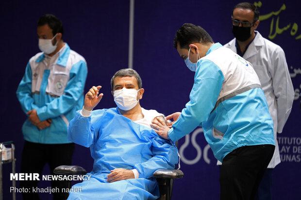 Iran-Cuba vaccine tested on 5 volunteers