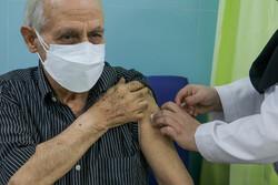 ۲۲ هەزار کەسی سەرووی 80 ساڵ لە کوردستان ڤاکسینی کۆرۆنایان بۆ دەکوترێ