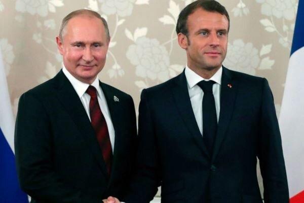 Putin ile Macron telefonda görüştü