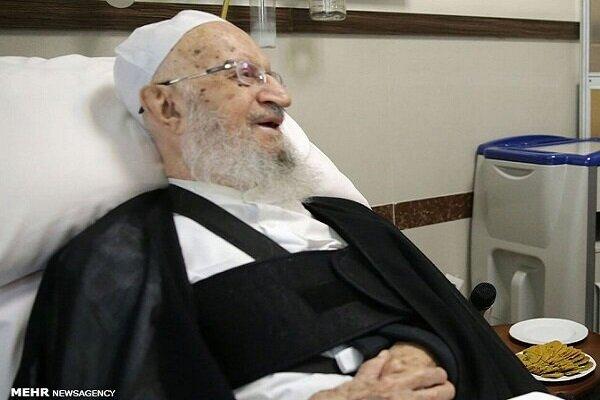 ترخیص آیتالله مکارم شیرازی از بیمارستان و بازگشت به قم