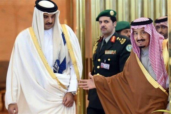 أمير قطر يختتم زيارته الى السعودية