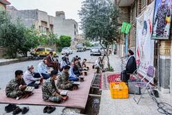 شہید زارعی اور شہید روشنائی کے گھر کے سامنے محفل انس با قرآن منعقد