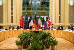 Nuclear talks between Iran, P4+1 continue in Vienna