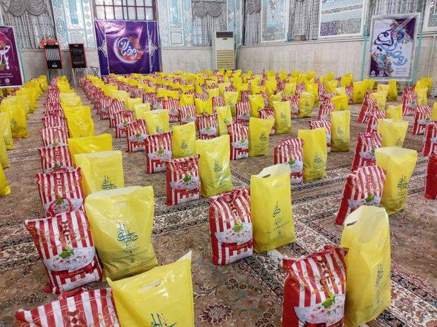 استمرار کمک مومنانه در گلستان/۵۰۰۰ بسته معیشتی توزیع می شود
