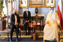 Zarif meets with Kuwaiti PM to discuss bilateral relations