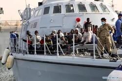 گارد ساحلی لیبی ۹۹ مهاجر غیرقانونی را نجات داد