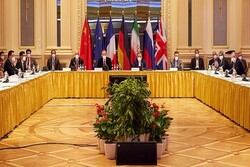 Lifting all illegal sanctions key to success of Vienna talks