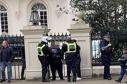 حمله به محل اقامت سفیر عربستان در لندن/ ۳ نفر بازداشت شدند