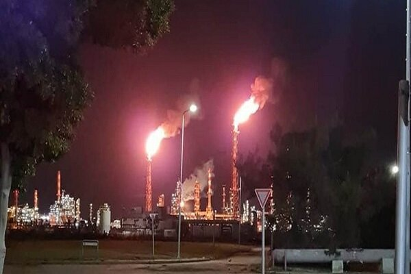 Fire brakes out at Haifa oil refinery (+VIDEO)
