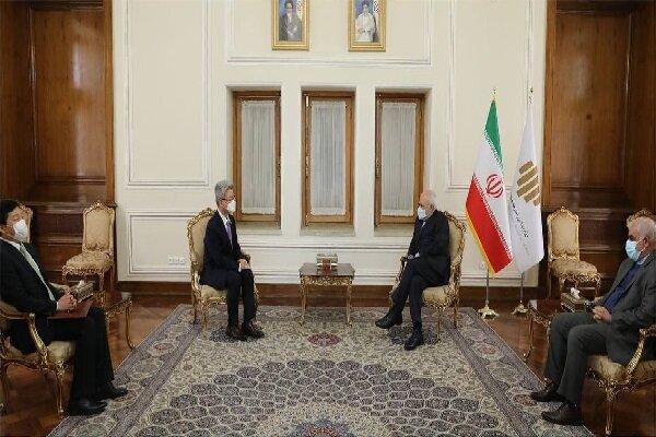 سفير كوريا الجنوبية يلتقي ظريف في ختام مهام عمله في طهران