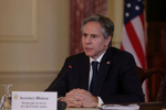 آمریکا افزایش کمک نظامی به اوکراین را بررسی میکند