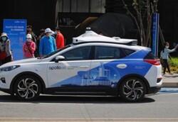 تاکسی خودران رباتیک در چین آغاز به کار کرد