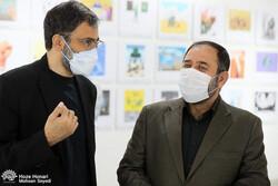 بازدید معاون فرهنگی قدس سپاه از نمایشگاه «فلسطین تنها نیست»