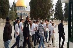 Zionist military forces brutally raid Al-Aqsa Mosque