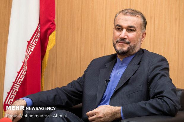 وزير الخارجية الإيرانية يغادر دمشق متوجها إلى طهران