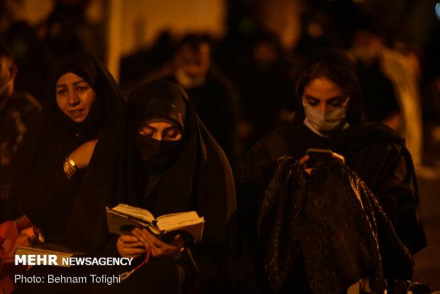احیای شب بیست و یکم ماه رمضان در حسینیه همدانیها
